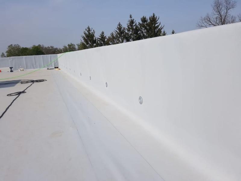w jaki sposób zaizolować dach płaski